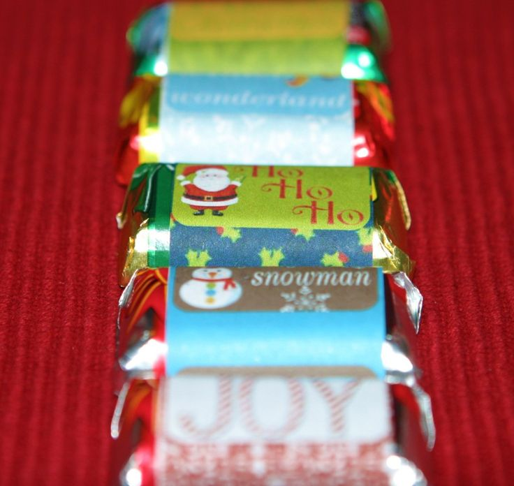 EASY Christmas gift to make for lots of co-workers. Use plain paper and Hershey mini- chocolate bars - EASY!