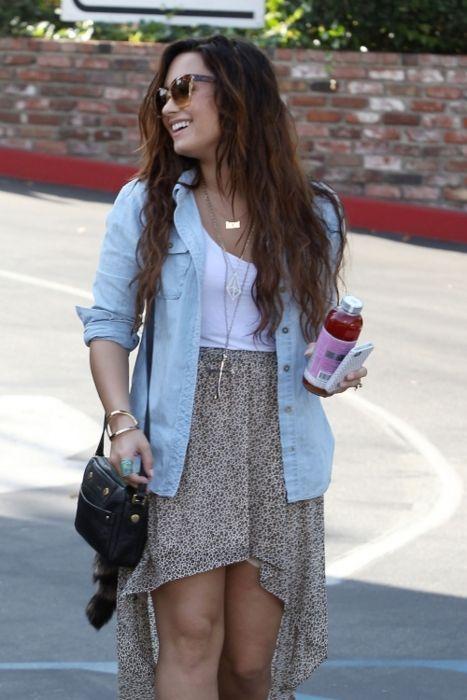 Best 25 Demi Lovato Style Ideas On Pinterest Demi Lovato Hair Demi Lovato Short Hair And