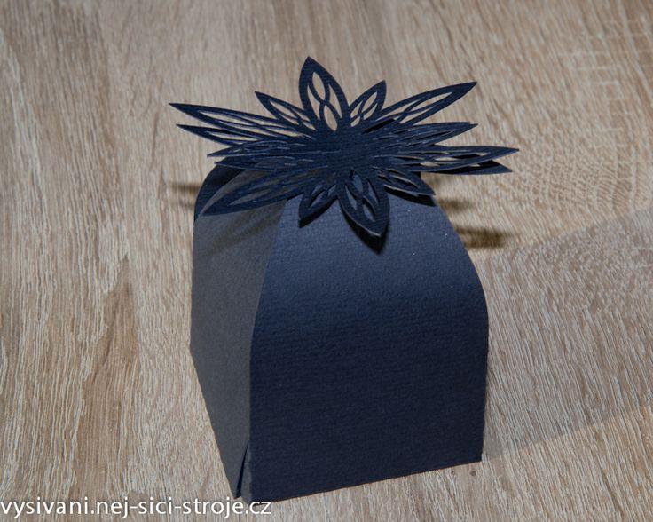 krabičky na dárečky vyřezané na řezacím plotru