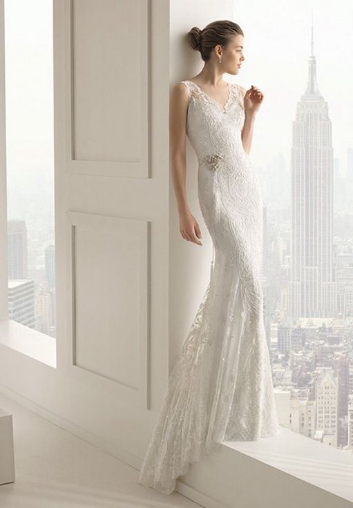 Spectacular Crepe dress and tulle overlay with beadwork embroidery in a natural