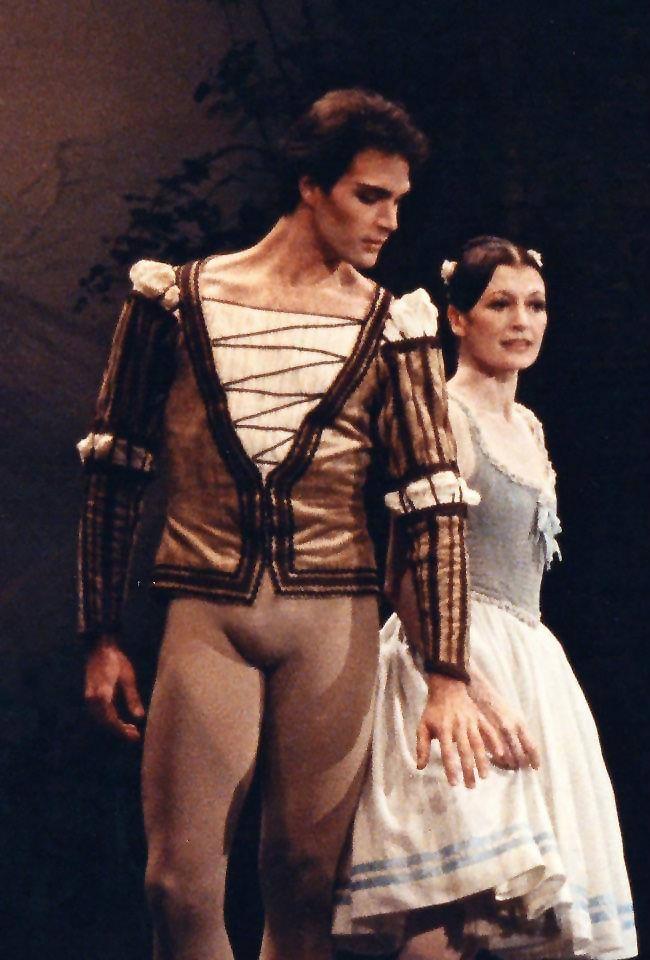 Paul Chalmer answers the Gramilano Questionnaire… Dancers' Edition - Paul Chalmer with Carla Fracci in Giselle - Arena di Verona