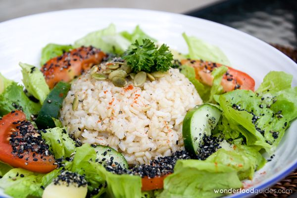 Rice with Gomasio and salad in Bali, as simple as healthy! :-) #bali #indonesia #vegetarian #vegan #food #restaurant