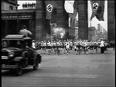 Les Jeux Olympiques de Berlin, 1936 (United States Holocaust Memorial Museum)