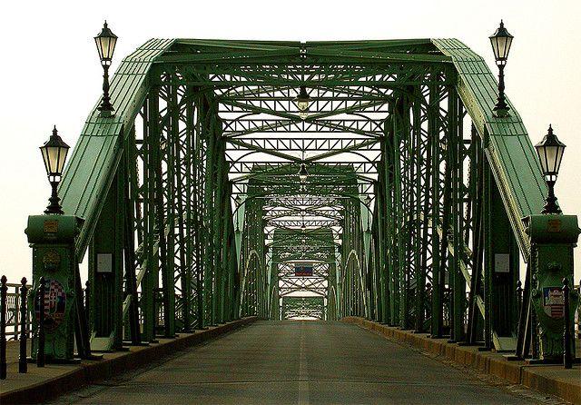 Mária - Valéria Bridge between Esztergom and Sturovo (Párkány) by Gabó on Flickr