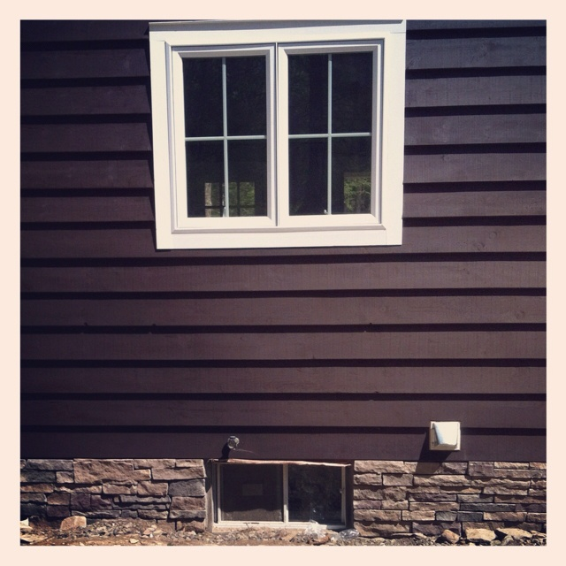 Foundation With Stone Soooo Much Better Than Just Plain Concrete Even Painted Diy Home