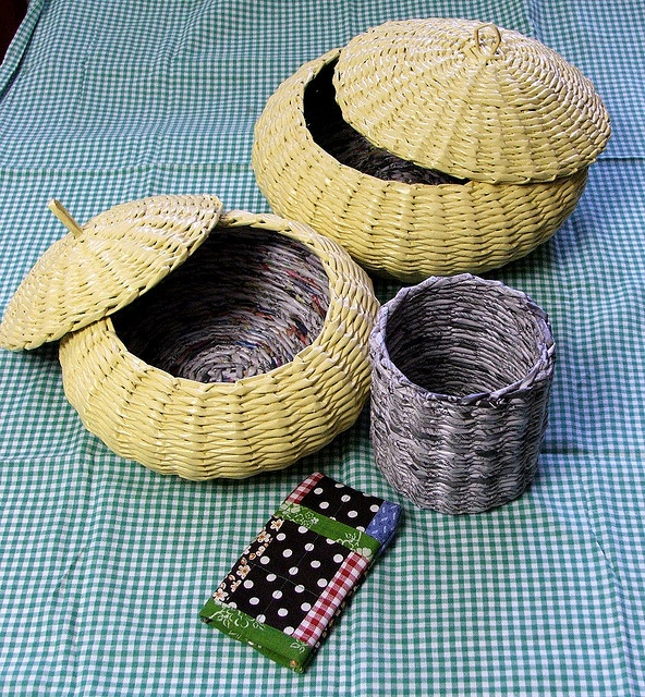Basket Weaving Paper Crafts : Ideas about newspaper basket on paper