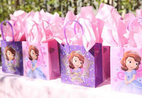 Resultado de imagem para decoraçao aniversario princesa sofia