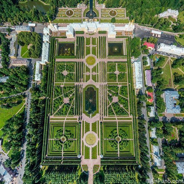 Peterhof Grand Palace and Gardens, Saint Petersburg, Russia.