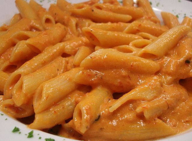 Pasta alla wodka (Pasta with vodka)