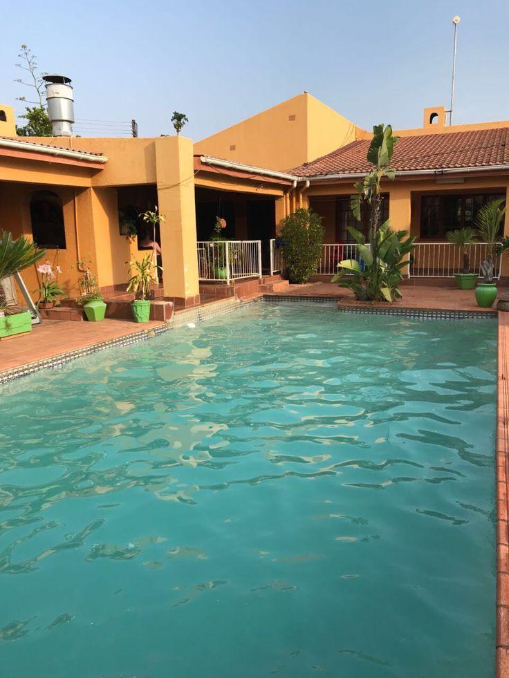 Inca Rose, Airbnb. FrancisTown, Botswana.