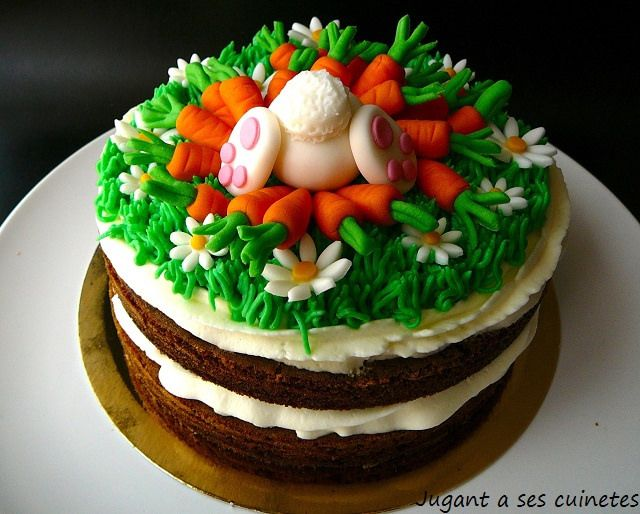 Carrot Bunny Cake by jugant a ses cuinetes, via Flickr