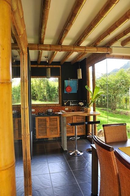 Cocina casa guadua by carolinazuarq, via Flickr