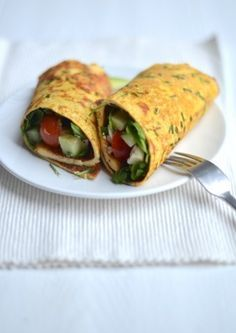 Een lekker en gezond voedselzandloper lunch recept is een omelet wrap.