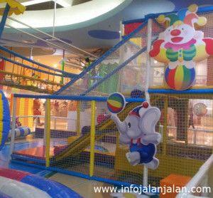 Tempat Liburan di Jakarta - Circus Town http://infojalanjalan.com/tempat-liburan-di-jakarta-untuk-keluarga