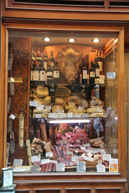 Amazing delicatessen in Orvieto