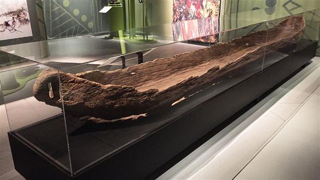 Une pirogue du 15e siècle à l'exposition «Fragments d'humanité, archéologie du Québec»