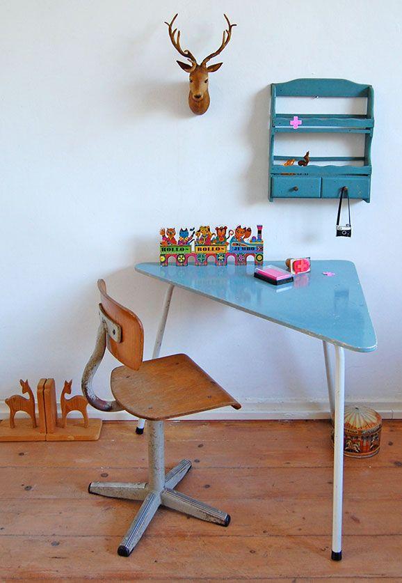 #kleurrijk #speelhoekje #retro   all the luck in the world-blog