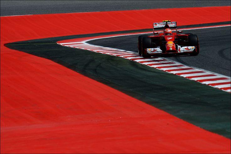 GP di Spagna: terza e quarta fila per la Scuderia Ferrari, ancora pole per Lewis Hamilton