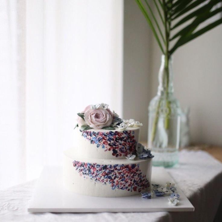 플라워케이크 by 메종올리비아 뽀얀 버터크림 어떤 색이든 자유롭게 담아주니 새로운 작업도 구상한만큼 만...