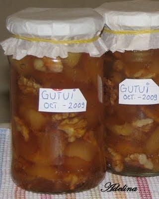 Dulceaţă de gutui cu nuci