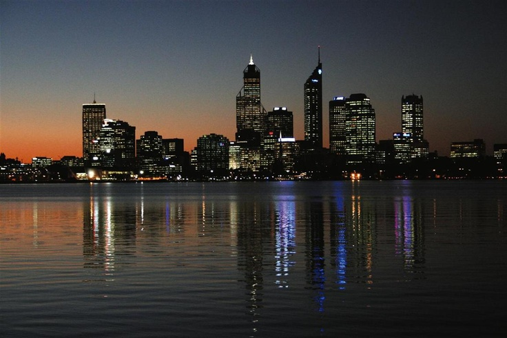 Perth at dusk from Sir James Mitchell reserve