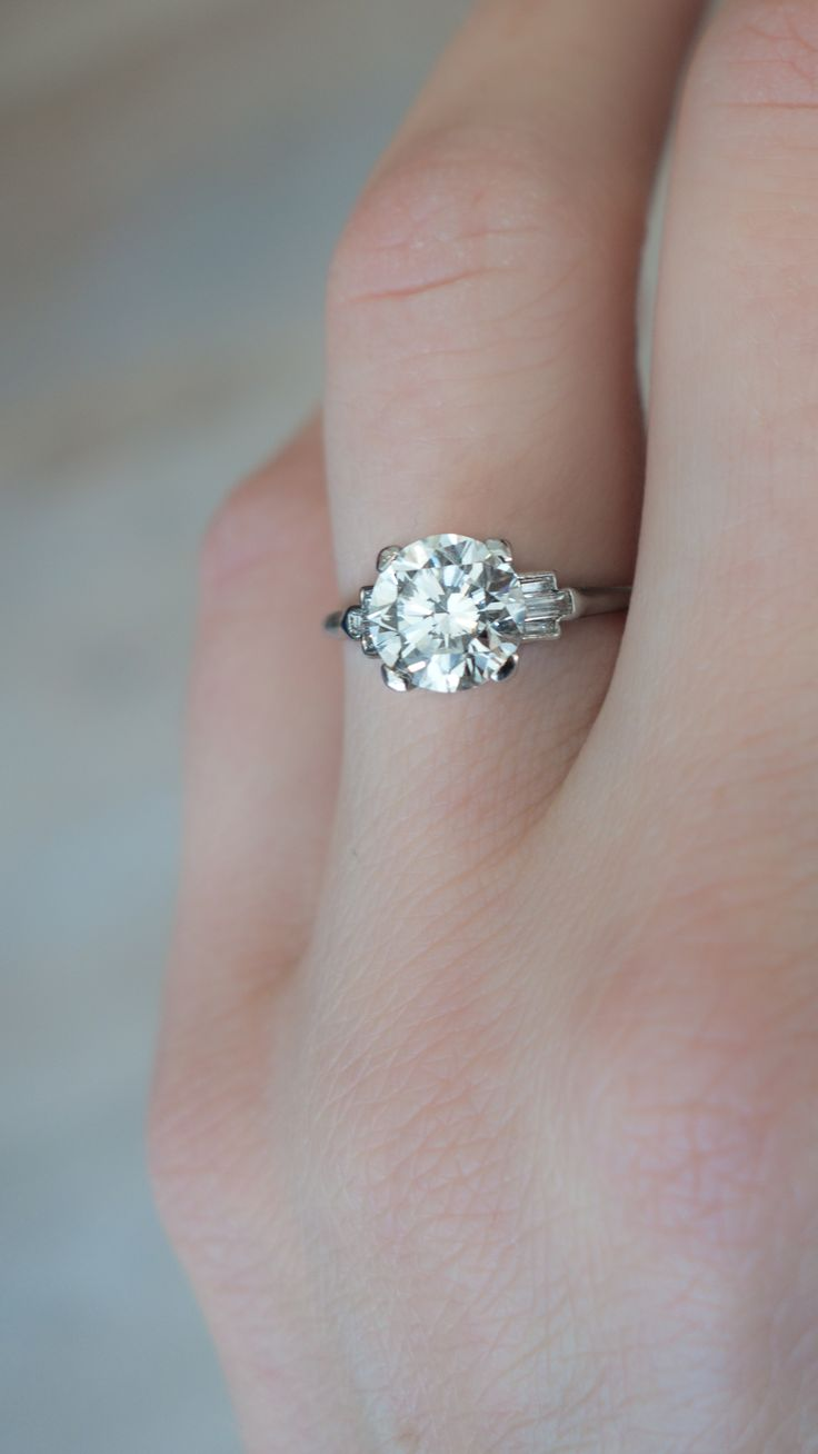 Antique Art Deco Engagement Ring Made In Platinum And Centered With A Gia  Certified 155 Carat