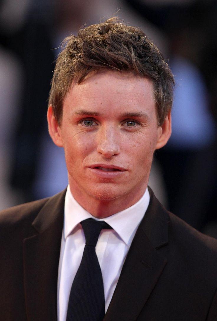 10 acteurs britanniques talentueux (et sexy!) à surveiller en 2016 #acteurs #britanniques #EddieRedmayne #TheTheoryofEverything #TheDanishGirl