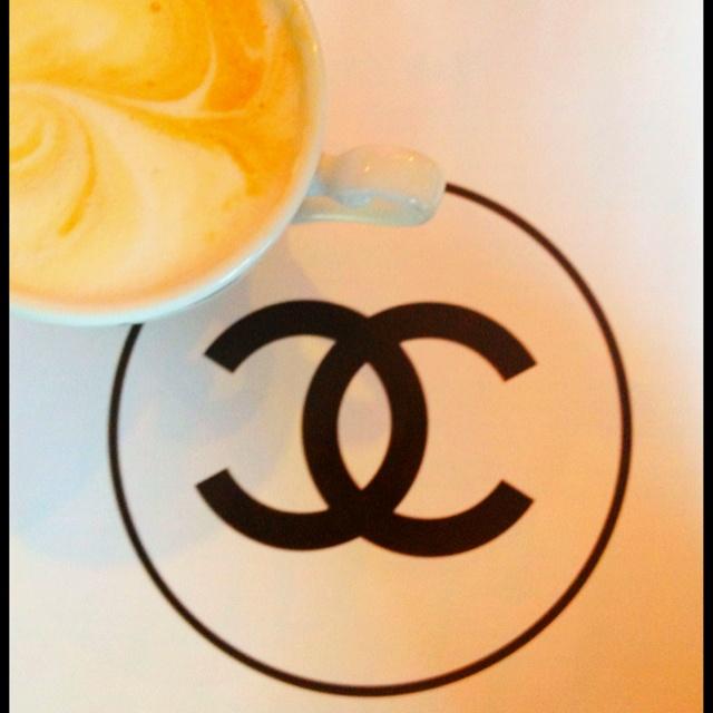 Petit Dejeuner avec Chanel <3