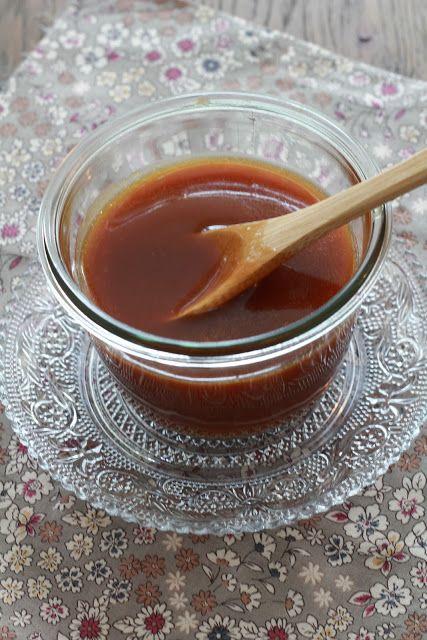 Caramel inratable express en 5 minutes au micro ondes pour une sauce caramel au beurre salé divine | On dine chez Nanou