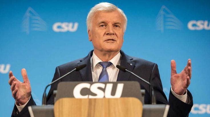 Neuer Seehofer-Hammer: Keine Unterstützung für Merkel bei Wahl 2017 http://www.bild.de/politik/inland/horst-seehofer/will-merkel-im-wahlkampf-2017-nicht-unterstuetzen-45704894.bild.html