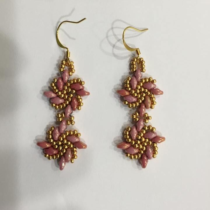 Kassie Shaw has a new free pattern to make earring jackets. I used the pattern to make these danglies. Great pattern!