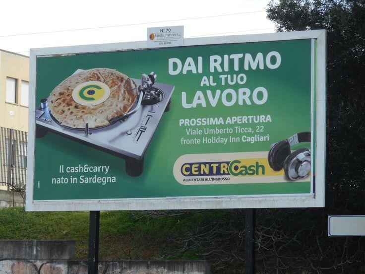 Elmas, Centro Cash
