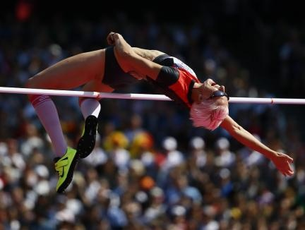 Discipline olympique : le saut en hauteur.