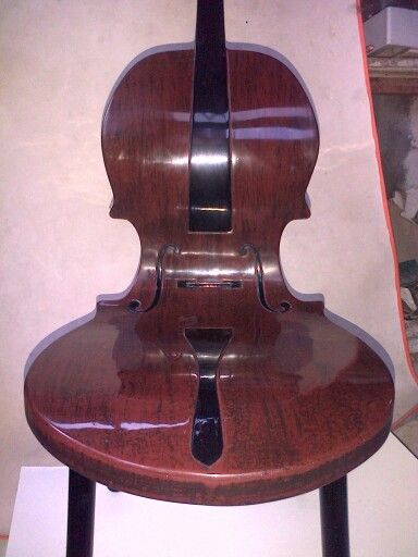 Cello chair, created by Uung Sugiarto http://tukangpatung.blogspot.com/CUSTOMIZE DESIGN: Customize design-desain suka suka-ide desain