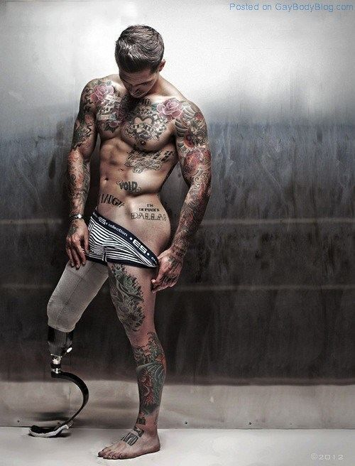 Accept your body, yourself, your mind. Picture of: Alex Minsky.