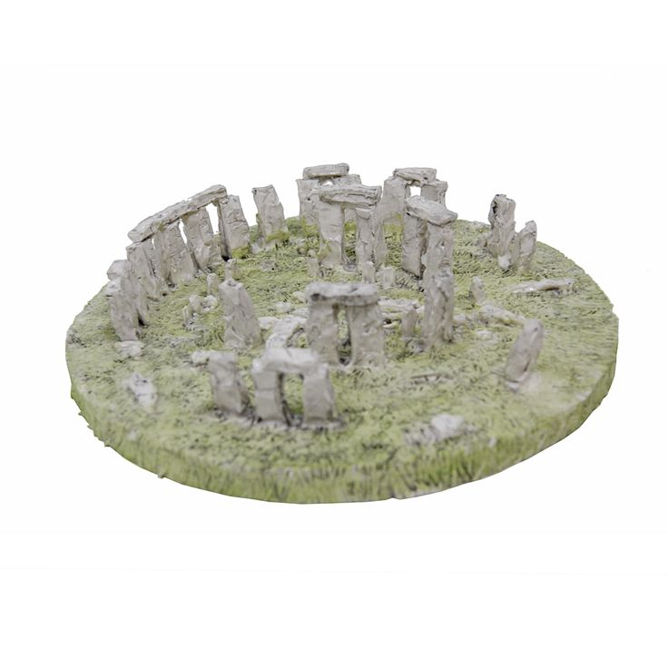 Remember your trip to Stonehenge with this Stonehenge model in a tin. Crafted from clay, the historic stones sit on luscious grass, just as they do in real life. The model measures 10cm in diameter and stands 1.2cm tall so it is the perfect size to place on your fireplace, desk or book case. Encased in a Stonehenge branded tin, the model can be put away for safety and looks great when given as a gift.  This model is a wonderful way to remember your trip to the historic site and is a lovely…