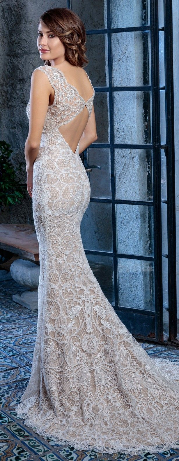 11 best DEMETRIOS Editorials images on Pinterest | 30 years, Bridal ...