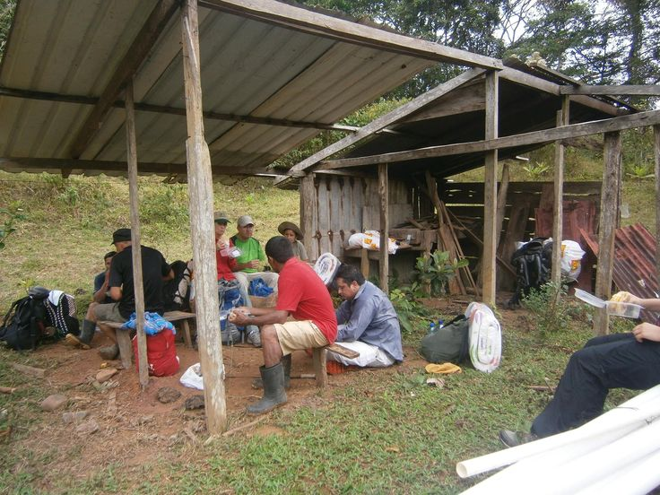 Having lunch on the 1st hiking day of 3 of Camino Real (40 km), from Bosqueron Arriba - Chagres National Park to National Park Portobelo, Panama