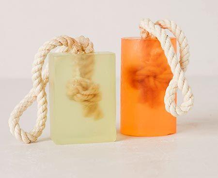 Sabonete no cordão minimalista