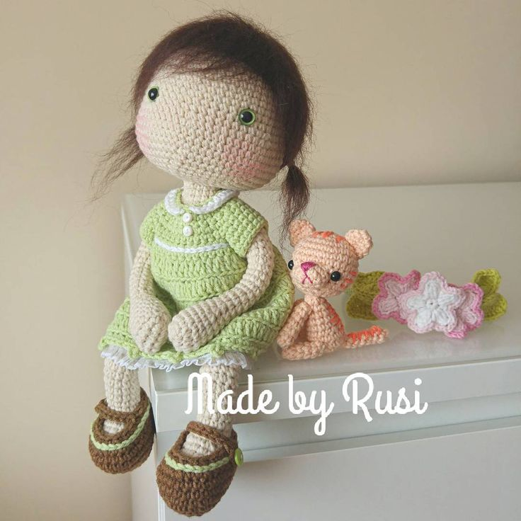 "426 Likes, 38 Comments - Ruska Naidenova (@rusi_nai) on Instagram: "" #crochet #crochetdoll #amigurumi #amigurumidoll #handmade #вязанаяигрушка #вязанаякукла…"""