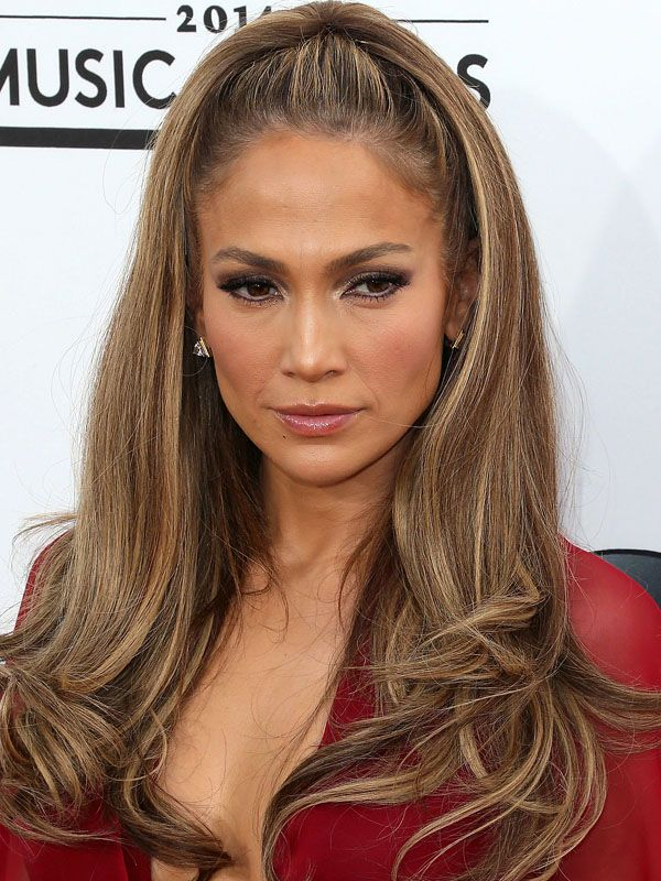 Jennifer Lopez at the 2014 Billboard Music Awards: http://beautyeditor.ca/2014/05/20/billboard-music-awards-2014/