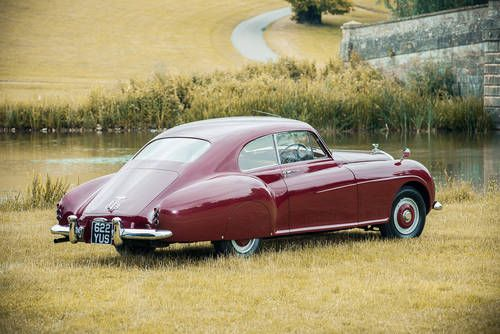 1954 BENTLEY R-TYPE CONTINENTAL - coachwork by H. J. Mulliner & Co of London.