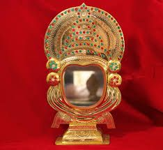 Aranmula Kannadi is a traditional mirror of Kerala which is made of metal, instead of glass.Get it online from devotional store #AranmulaMirror #AranmulaKannadi #Mirror #MetalicMirror #Aranmula #KeralaTraditional #DevotionalStore