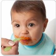 Is your baby ready to eat solid food but you're not sure on how to start? Here's the 'why' 'when' and 'how' to introducing your infant to solid food!
