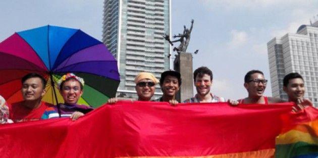 Penganut Freesex dan LGBT Terdampak Uji Materiil Pasal Perzinaan - Kiblat