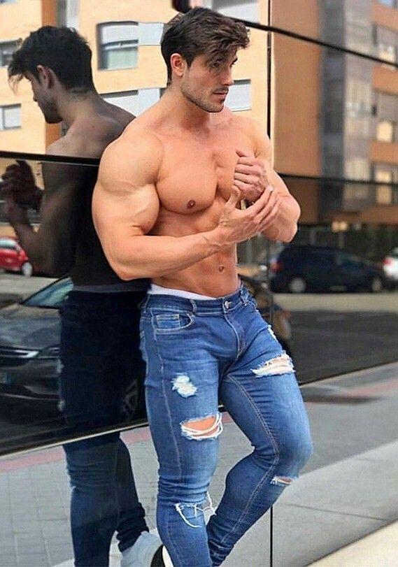 Look At That Bulging Muscle  Muscle Men, Sexy Men, Shirtless Men-6612