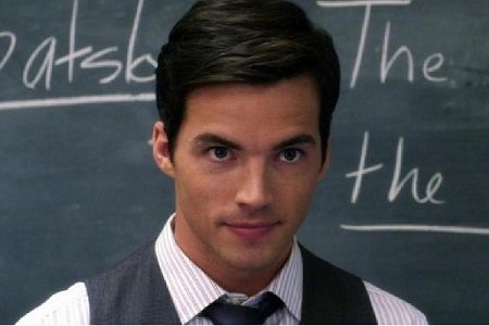 'Pretty Little Liars': A Case Against Ezra Fitz's Redemption