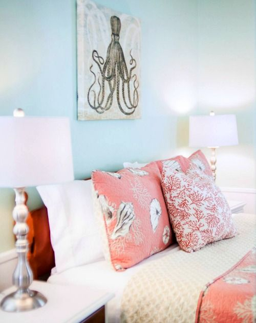 beach cottage bedroom decorating ideas. Best 25  Beach cottage bedrooms ideas on Pinterest Cottage Seaside bedroom and house
