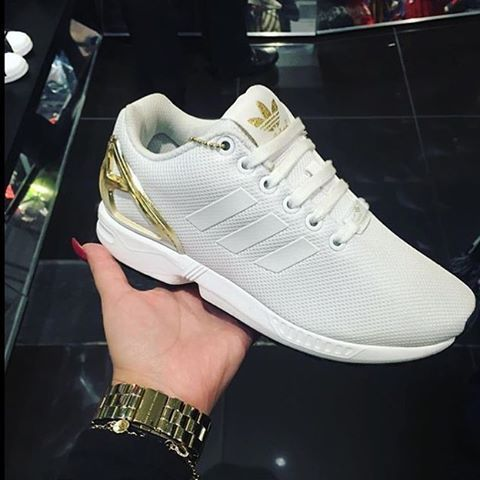 Adidas ZX Flux White/Gold Loving the gold details on these ✨ would you #ROCK or #DROP em❓ #LocoKickz ADIDAS Women's Shoes - http://amzn.to/2ifvgZE