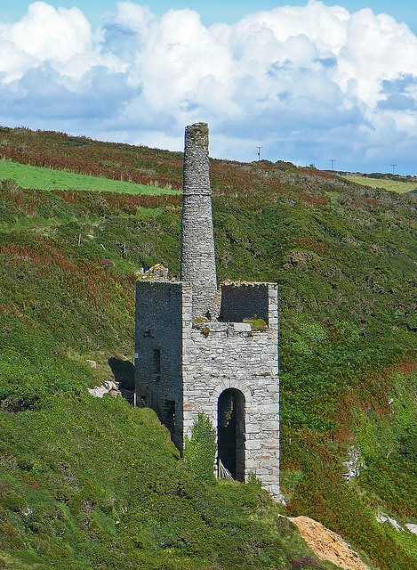 Wheal Trewavas engine house, Trewavas Head on the south west coast of Cornwall near Porthleven. The old copper and tin mine workings were in operation from 1834-1846.